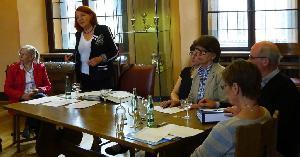 Gut besucht: Mehr als dreißig Mitglieder verfolgten die Ausführungen von Renate Schulze Versmar.